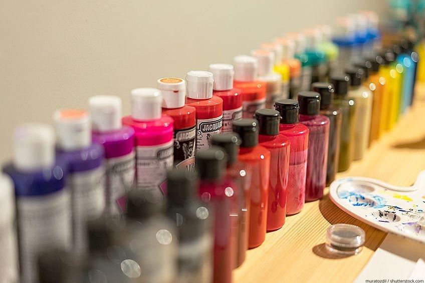 Airbrushing Acrylic Paints