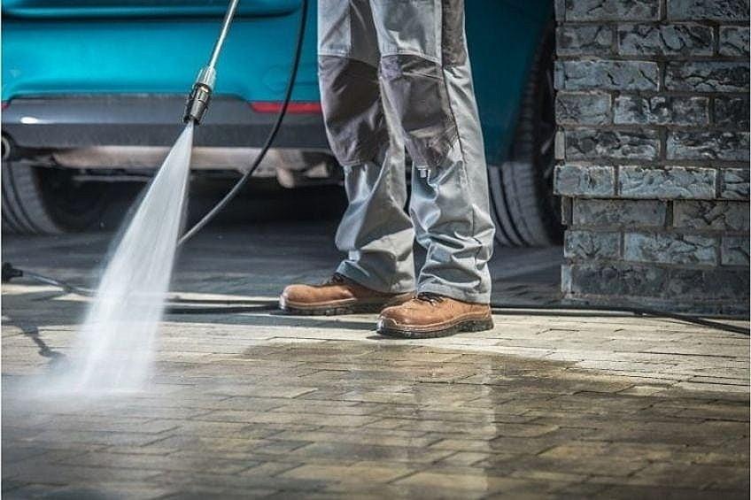 Solvent-Based Concrete Sealer