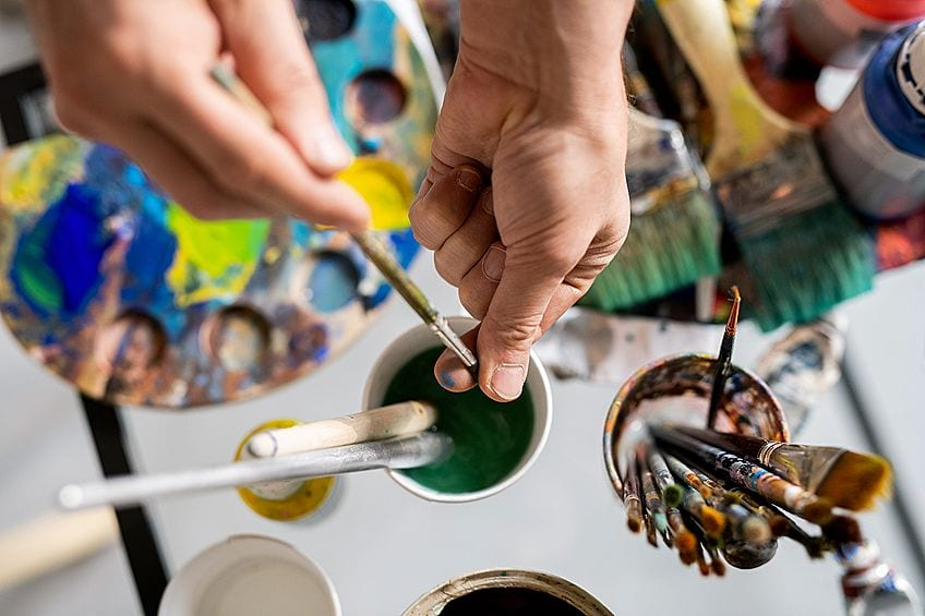 What Is the Best Way to Clean Paint Brushes