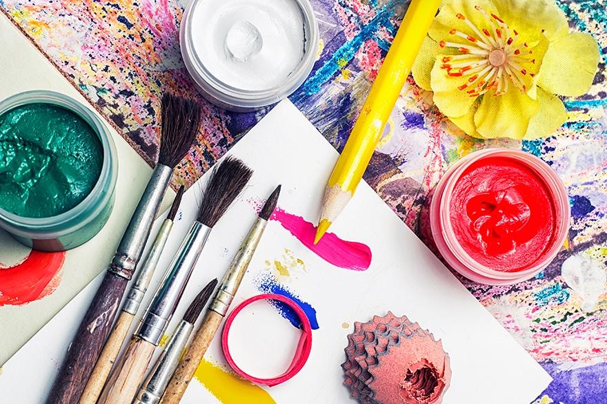 enamel vs acrylic paint