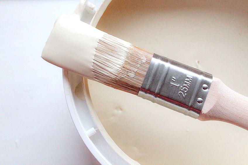 Latex vs Acrylic Paint