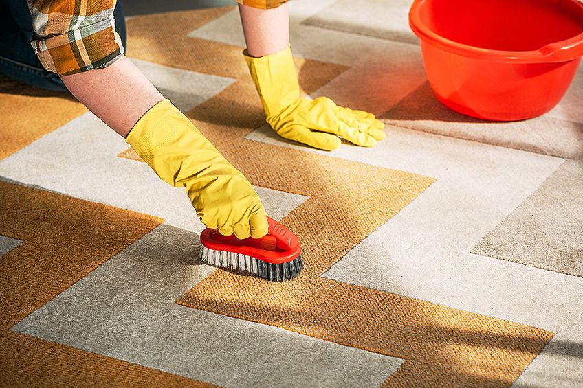 Remove Paint from Carpet with Acetone