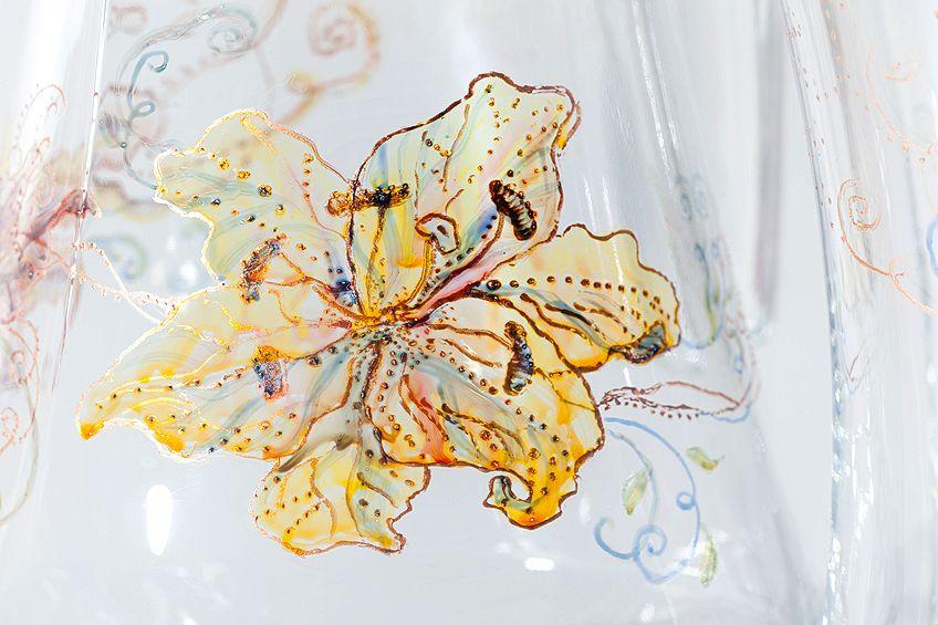 Decorative Writing on Glass